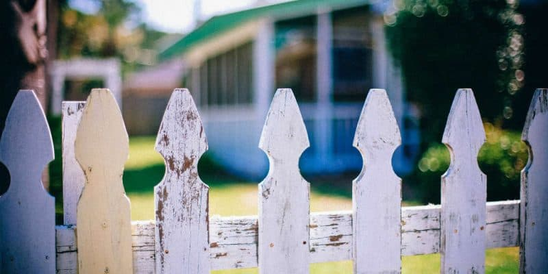maling af sommerhus udendørs