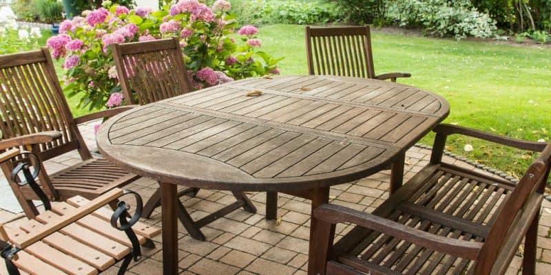 havemøbler træ Maling af havemøbler? Vedligehold dine havemøbler af træ sådan her havemøbler træ