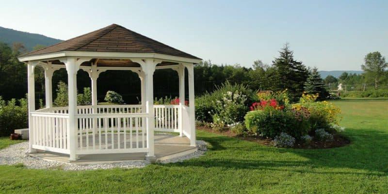 køv Pavillon i træ – Byg eller vælg den rigtige til haven